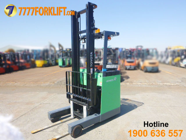 Electric Reach Forklift TOYOTA 7FBR15